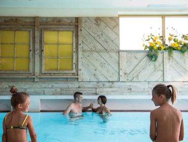 Hotel ad andalo trentino con piscina grand hotel piz galin - Champoluc hotel con piscina ...